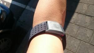 78508_運動緊身衣與心跳感測器的聰明整合:Cabarello智能衣_01